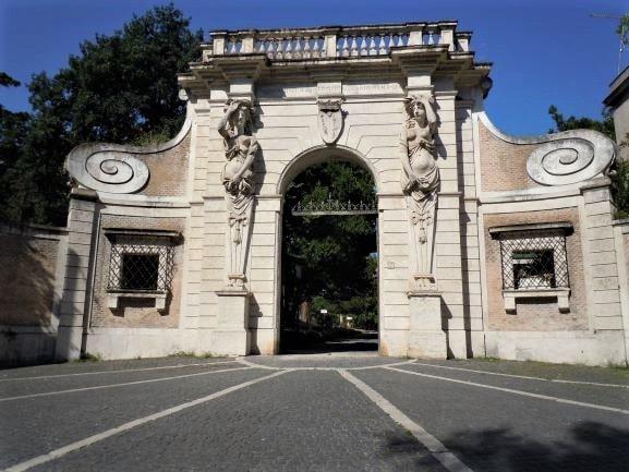 Celio ingresso principale di villa Celimontana