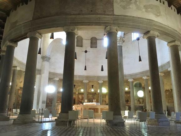 Celio interno della Basilica di Santo Stefano Rotondo