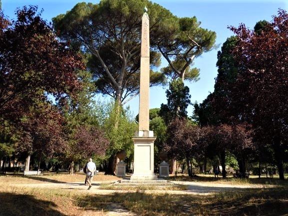 Celio villa Celimontana l'Obelisco Matteiano con il nome di Ramsete II