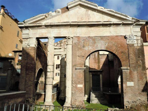 Ghetto di Roma, il Portico d'Ottavia