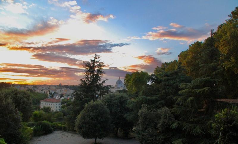 5 luoghi romantici a Roma, tramonto con Cupolone dal Gianicolo