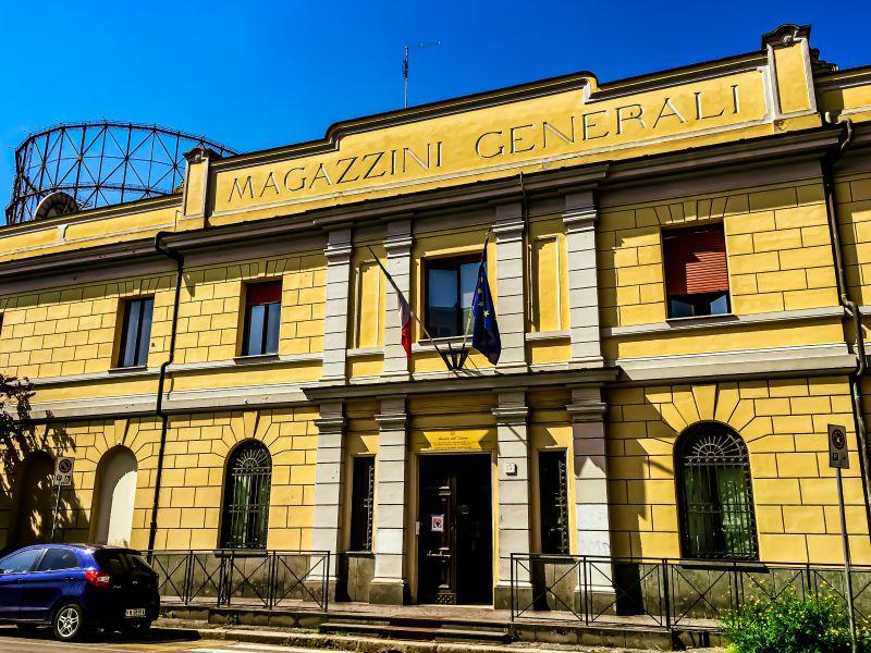 Quartiere Ostiense, ingresso Magazzini Generali.