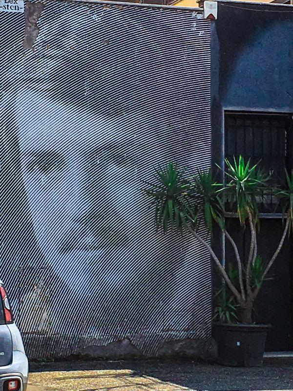 Murales di Ostiense Senza titolo di Sten Lex a via delle Conce