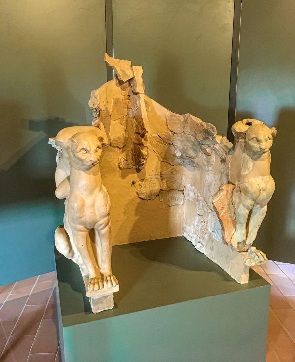 Bolsena il Trono delle Pantere nel Museo Territoriale del lago di Bolsena