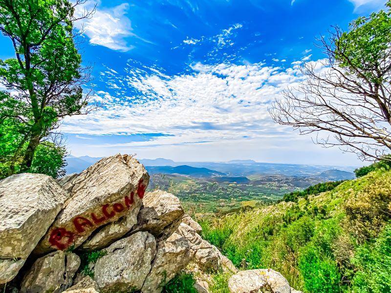 Eremo di Sant'Erasmo il balcone alla fine del sentiero nei Monti Lepini