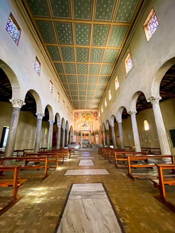 Velabro l'interno della chiesa di San Giorgio al Velabro