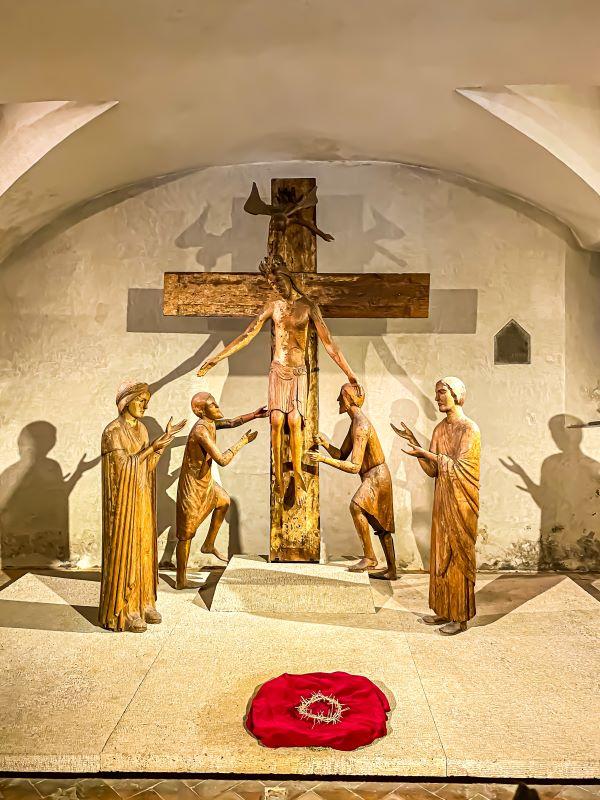 Tivoli la Deposizione lignea nel Duomo di San Lorenzo nel centro storico