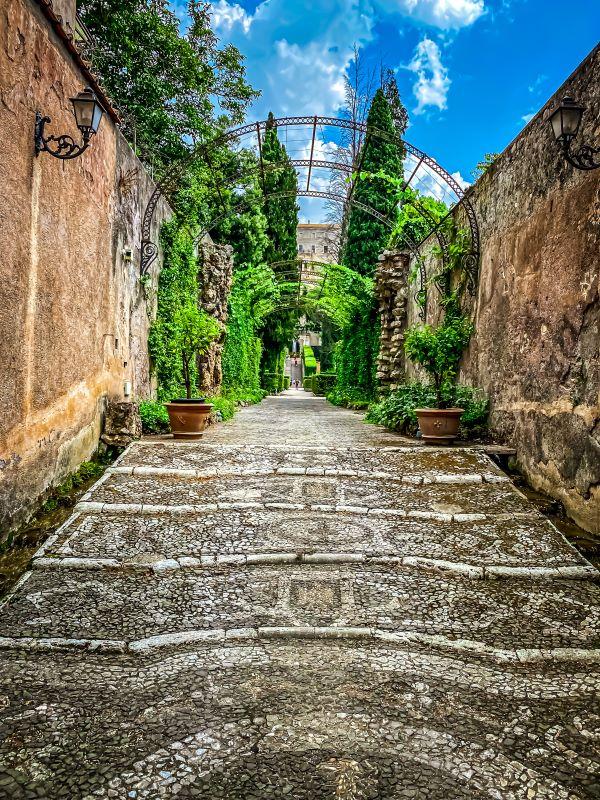 Tivoli viale di accesso secondario di villa d'Este